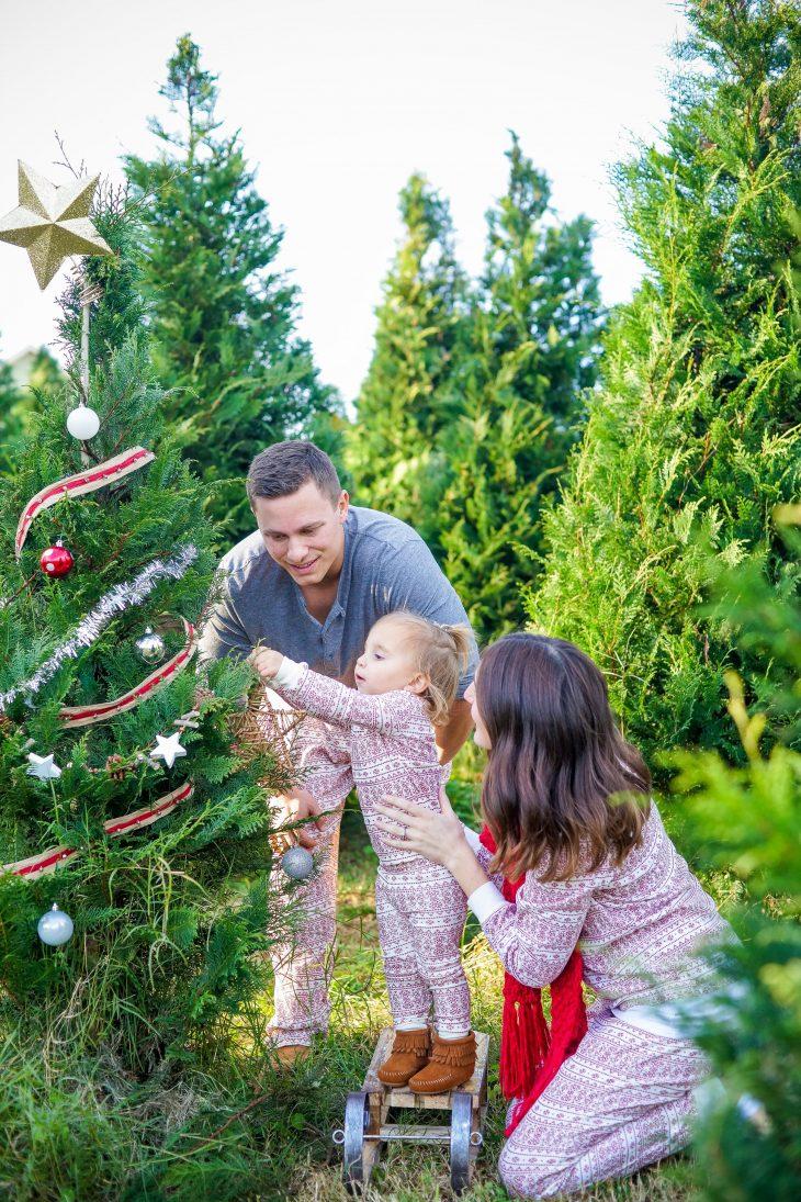 Outdoor Christmas Pajama Family Photos
