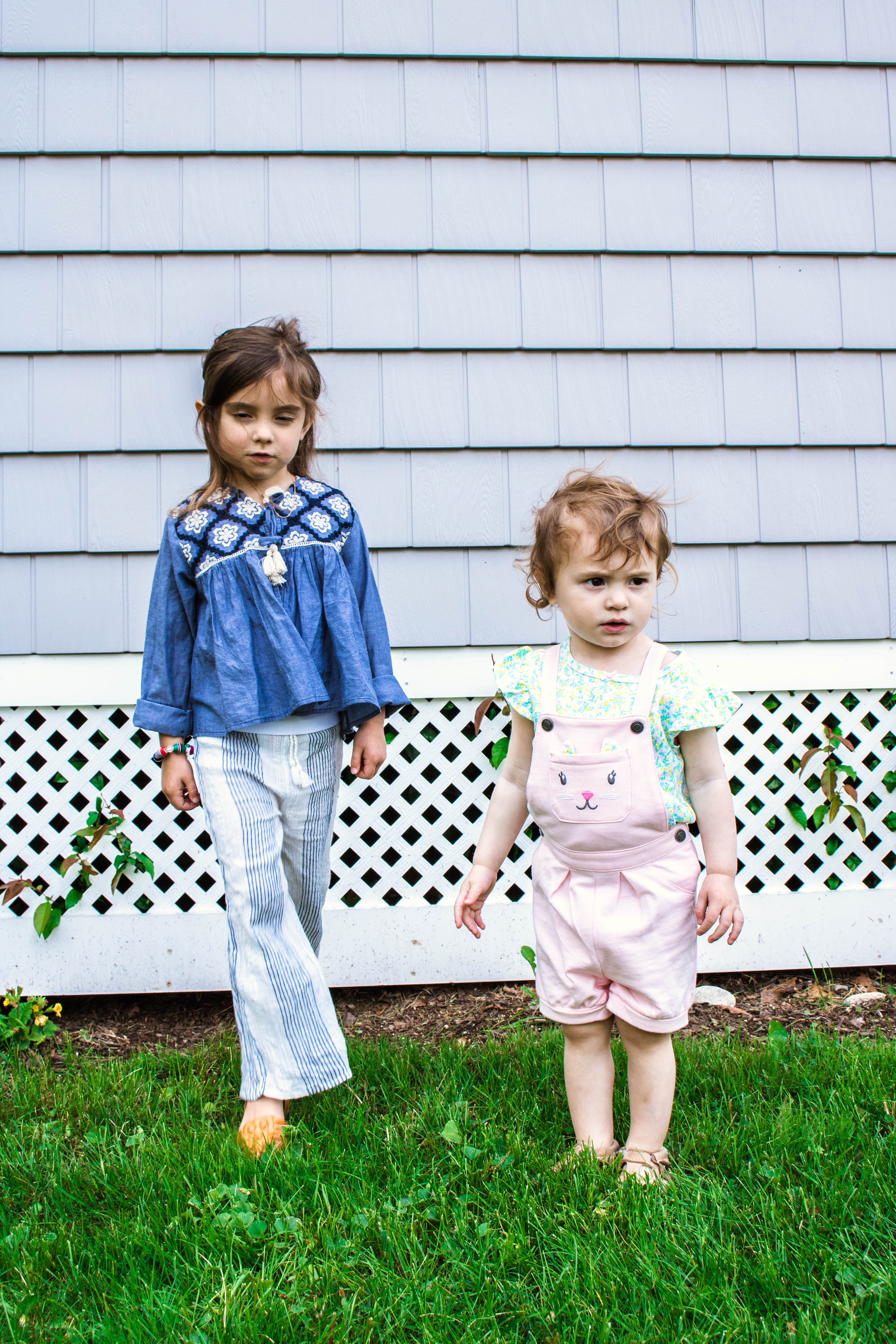 Sisters - Toddlers - Sibling Fights - How To Handle Sister Arguments