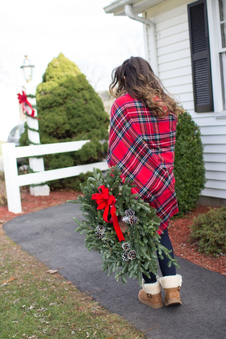 Red Plaid and Red Bow Wreaths on my Radar on Confessions of a Northern Belle