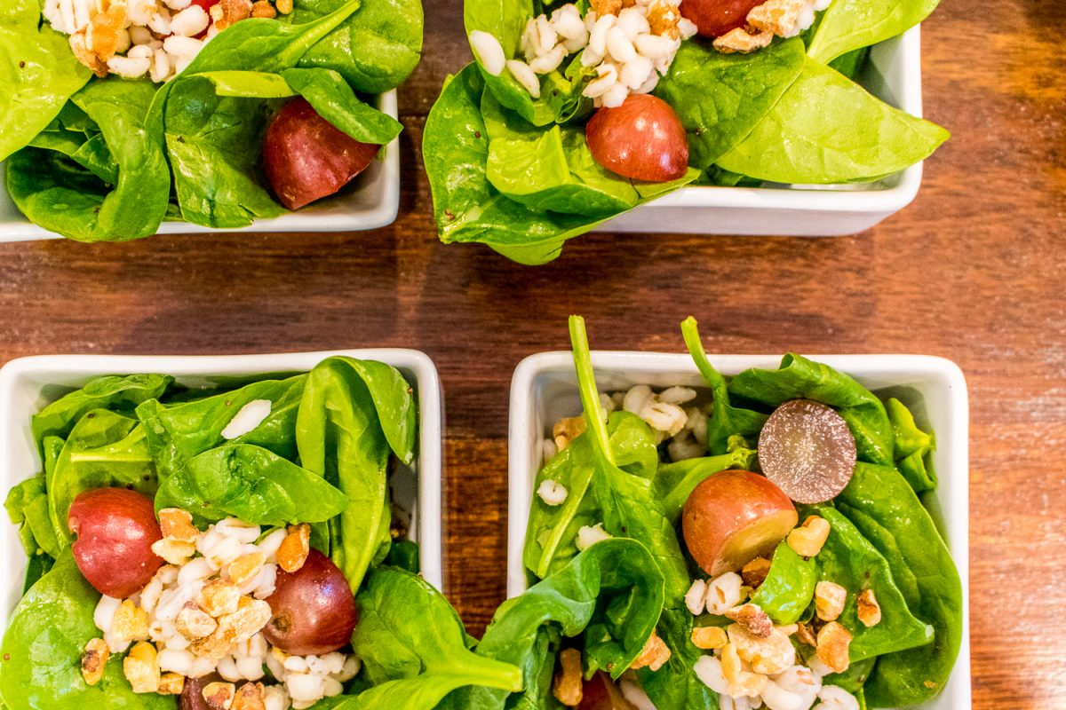 salad with pine nuts