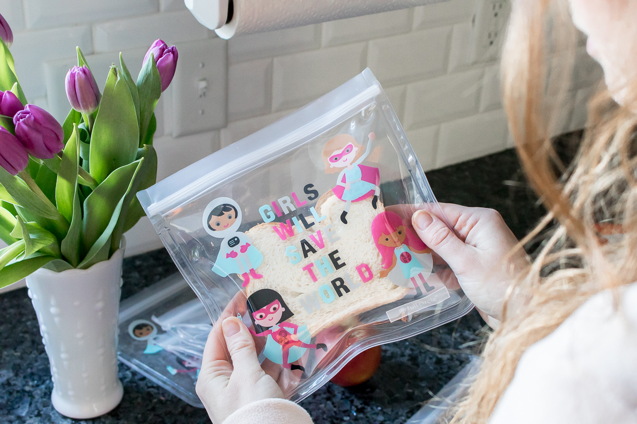 The Best Reusable Snack Bags + Toddler Snack Ideas