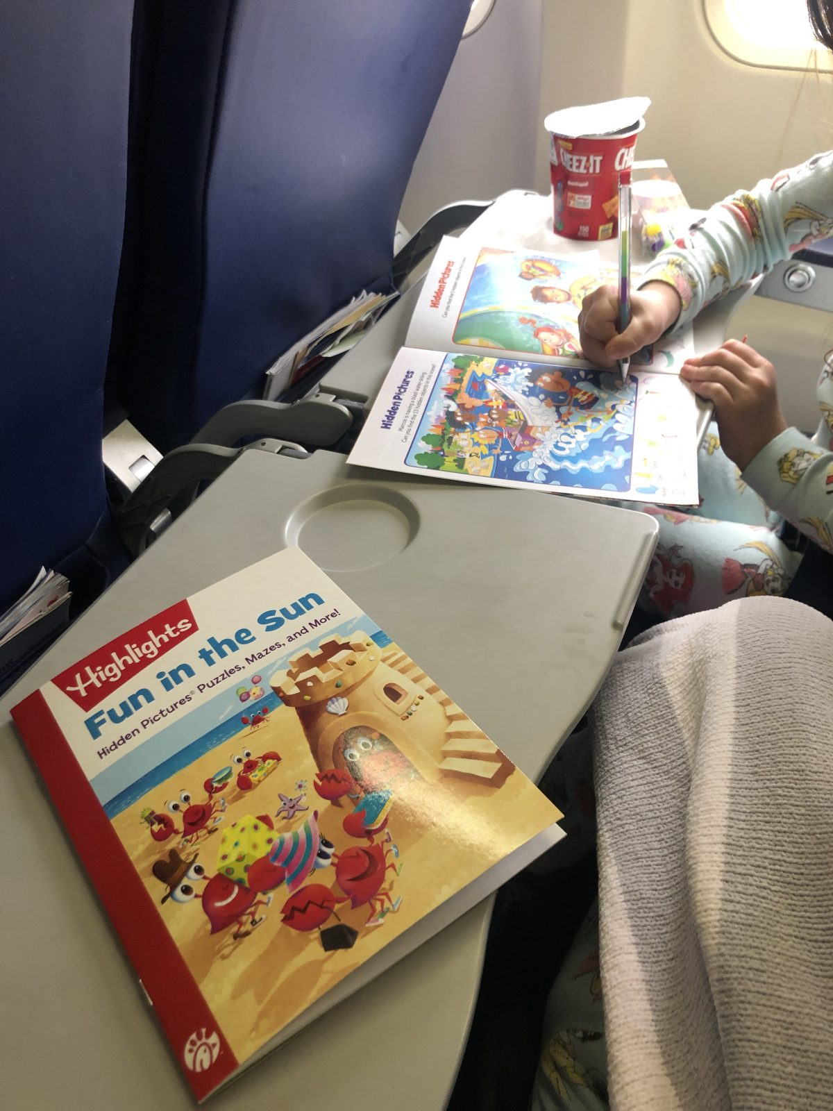 Toddlers Coloring on Plane