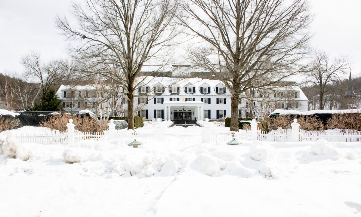 Woodstock Inn and Resort in Woodstock Vermont, Big White Beautiful Hotel in the Snow