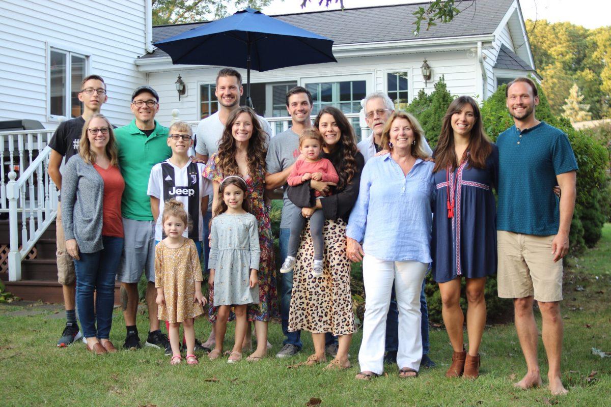 Casual Big Family Photo in Backyard