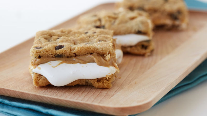 Peanut Butter Marshmallow Cookie Sandwiches
