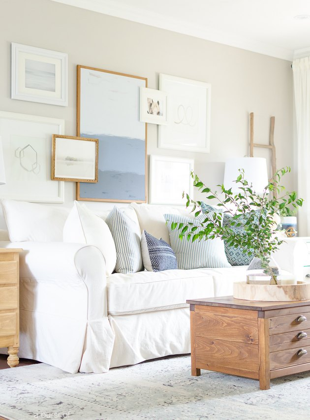 How to Decorate the Wall Above Your Couch with Gallery Wall Placement