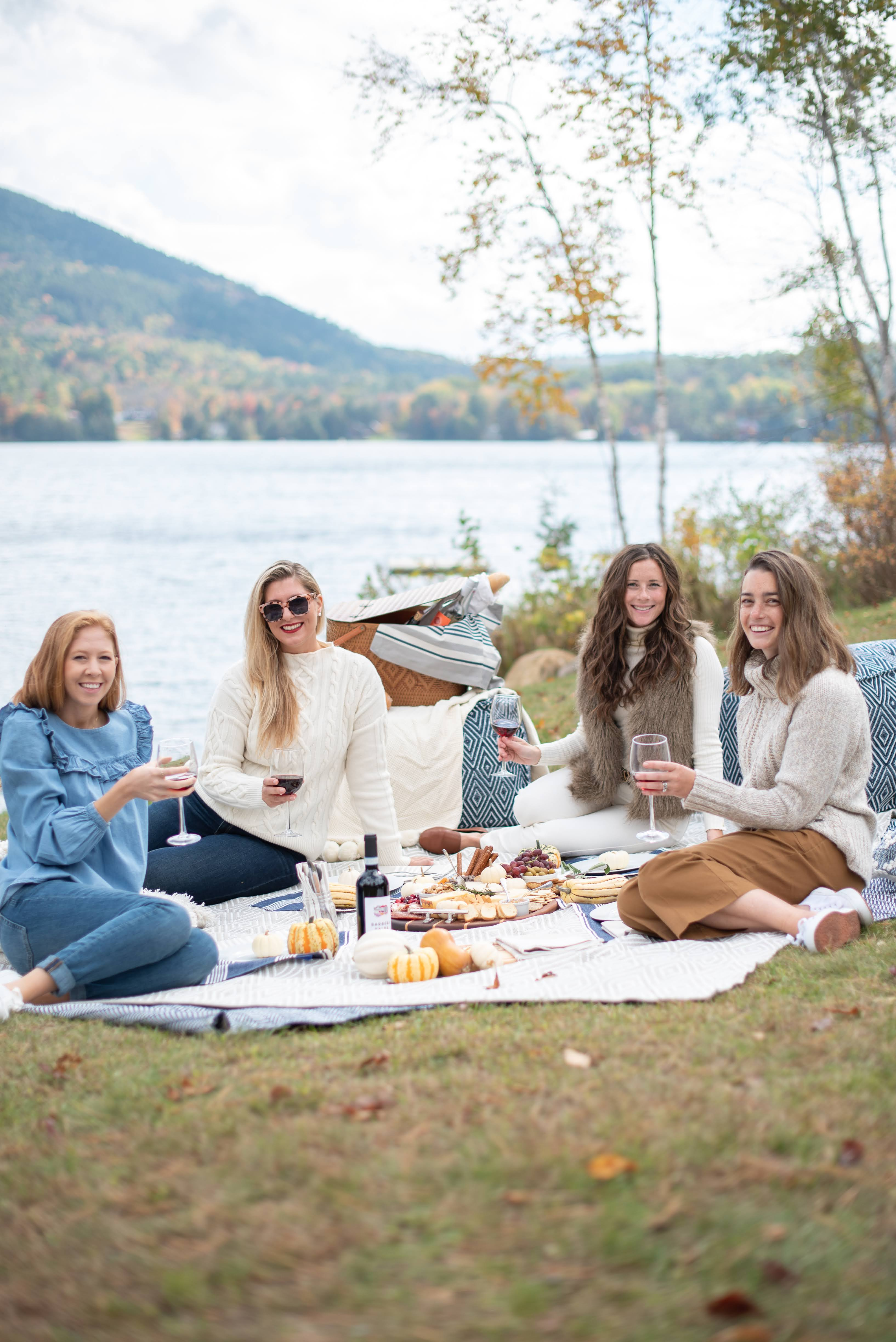 Embracing Autumn with a Lakeside Picnic