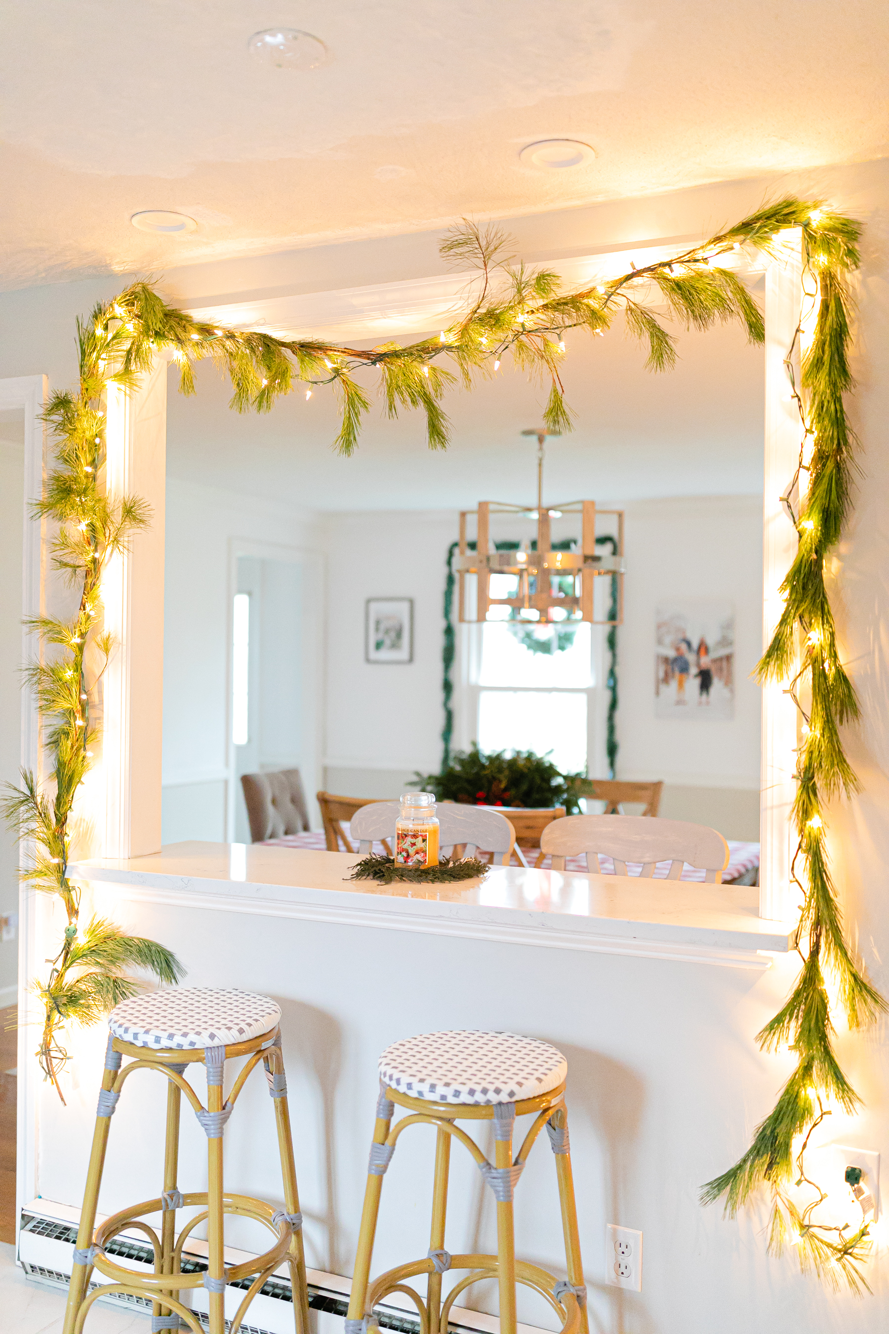 real garland above breakfast area in kitchen