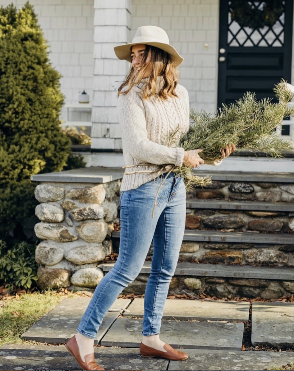10 Honest Lifestyle Bloggers to Follow  - Claire Wiley from Home with the Wileys