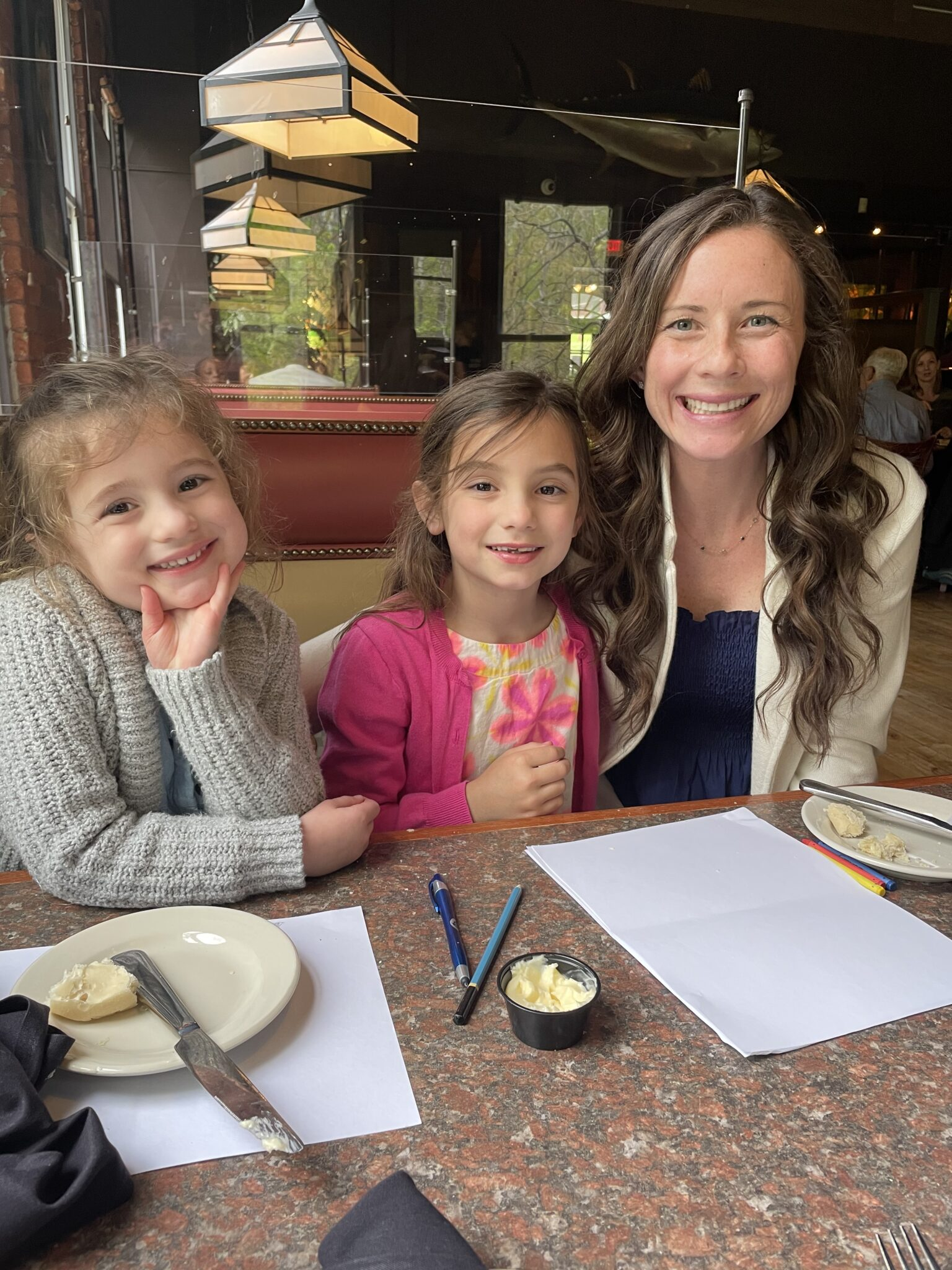 mom and daughters at westbrook lobster