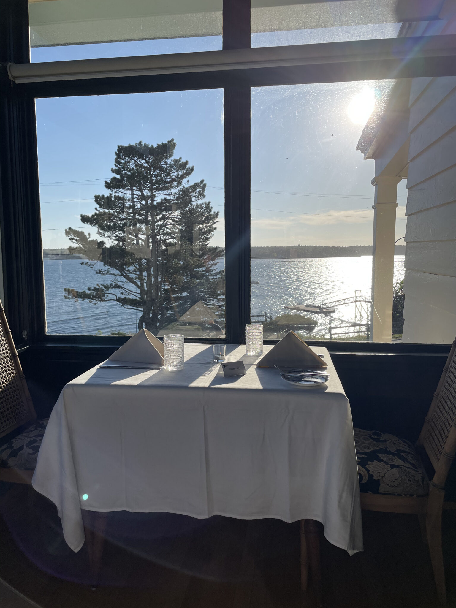 Oceanview Dining at Spruce Point Inn